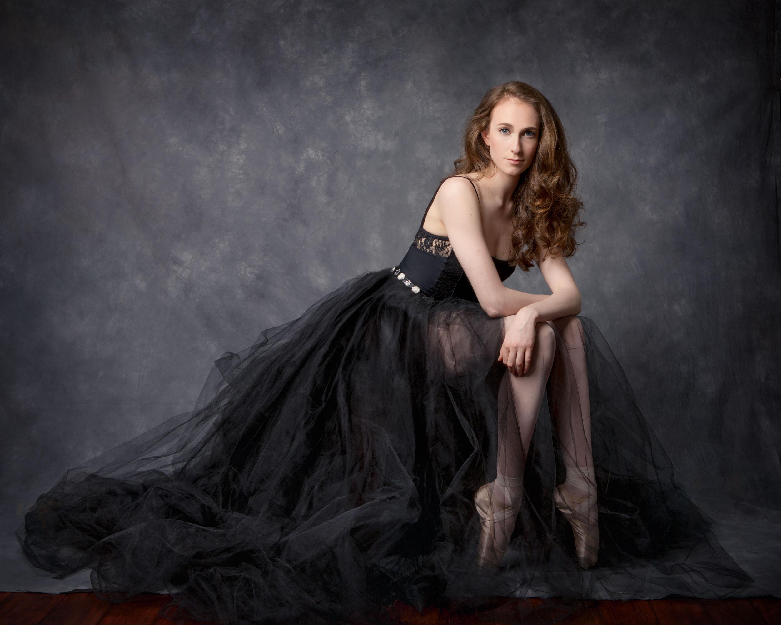Ballerina_Portrait_Beautiful_Pooja Photography_ClickMyPix