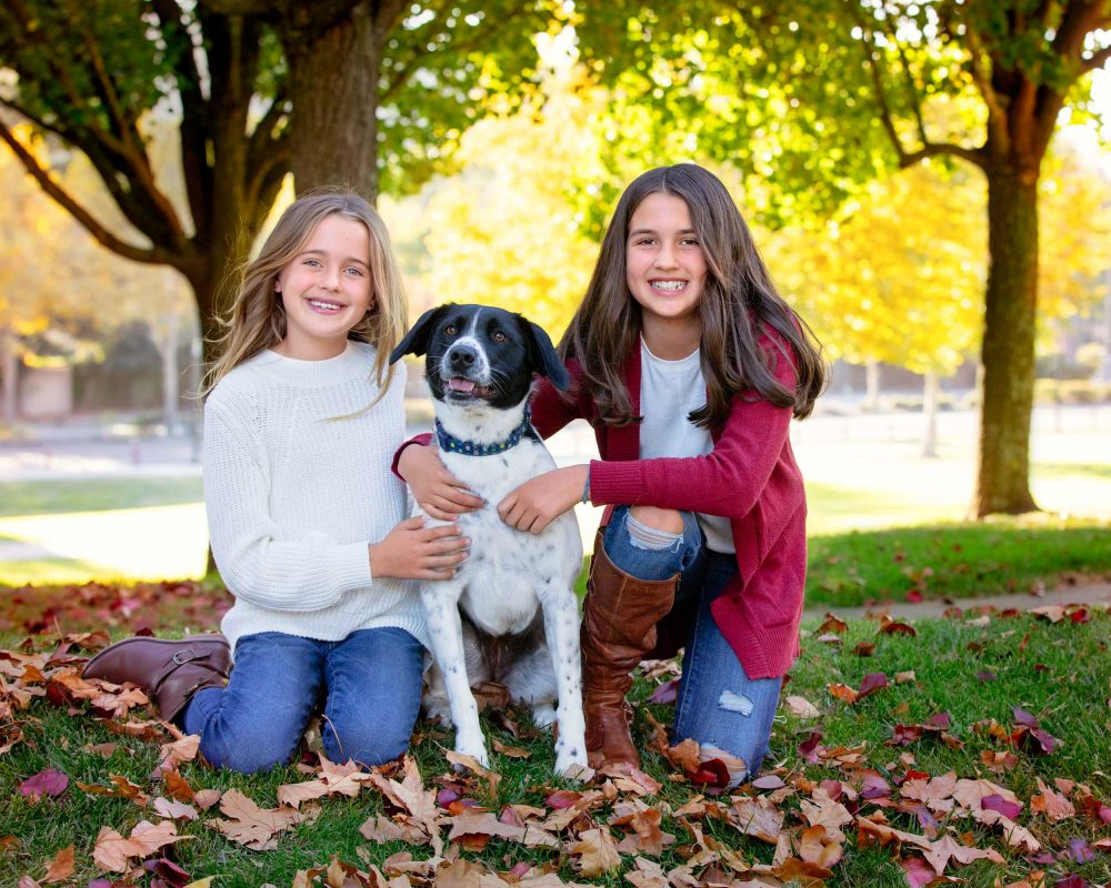 outdoor fall photos of kids and dog